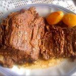 Sorvete de Morango Com uma Deliciosa Cobertura